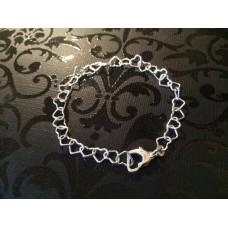 Little hearts bracelet